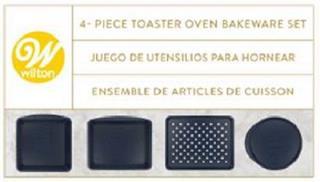 W WILTON 4 - PIECE TOASTER OVEN BAKEWARE SET JUEGO DE UTENSILIOS PARA HORNEAR ENSEMBLE DE ARTICLES DE CUISSON trademark